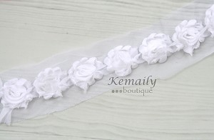 Mini 1-1/2in White Chiffon By The Yard Trim